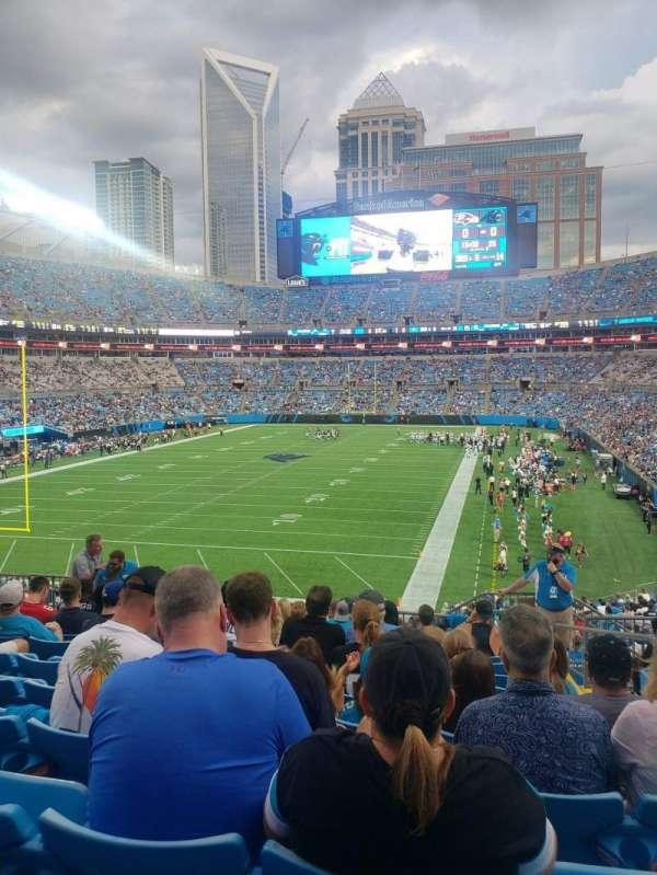 Bank of America Stadium, secção: 255, fila: 10, lugar: 3