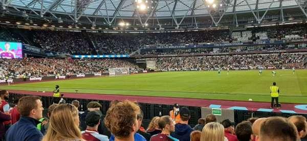 London Stadium, secção: 135, fila: 7, lugar: 273