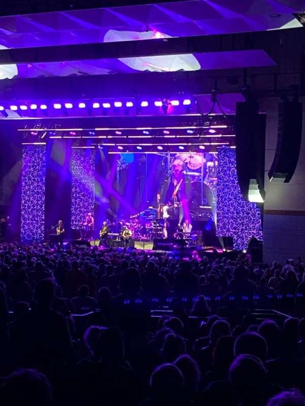Riverbend Music Center, secção: 900, fila: MM, lugar: 919