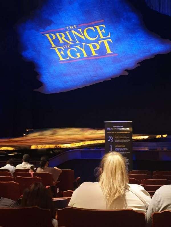 Dominion Theatre, secção: Stalls, fila: L, lugar: 10