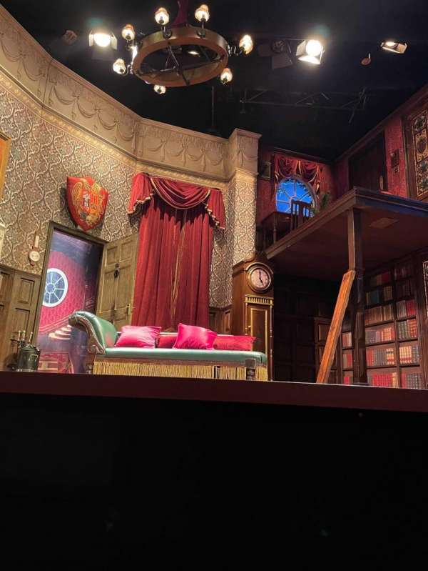 Duchess Theatre, secção: Stalls, fila: A, lugar: 7