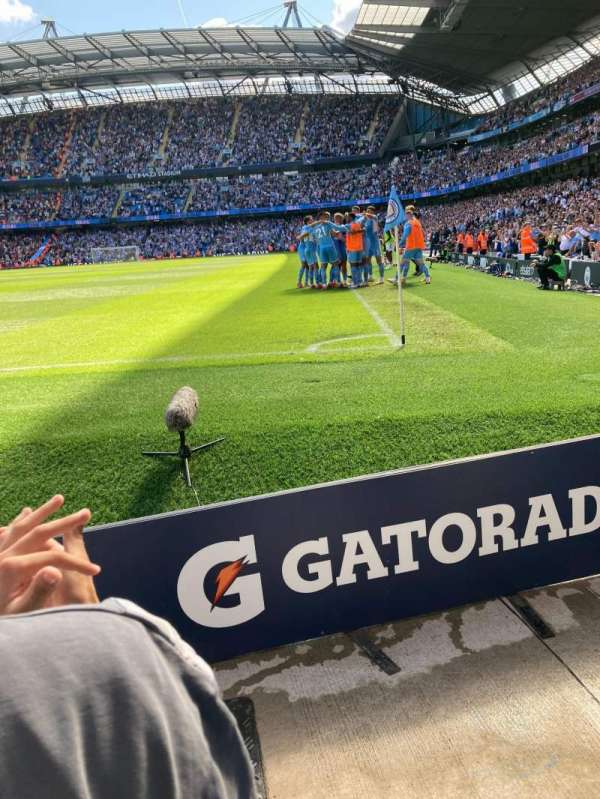 Etihad Stadium (Manchester), secção: 134, fila: 2, lugar: 933