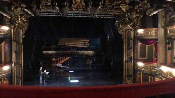 Her Majesty's Theatre, secção: Royal, fila: E, lugar: 23