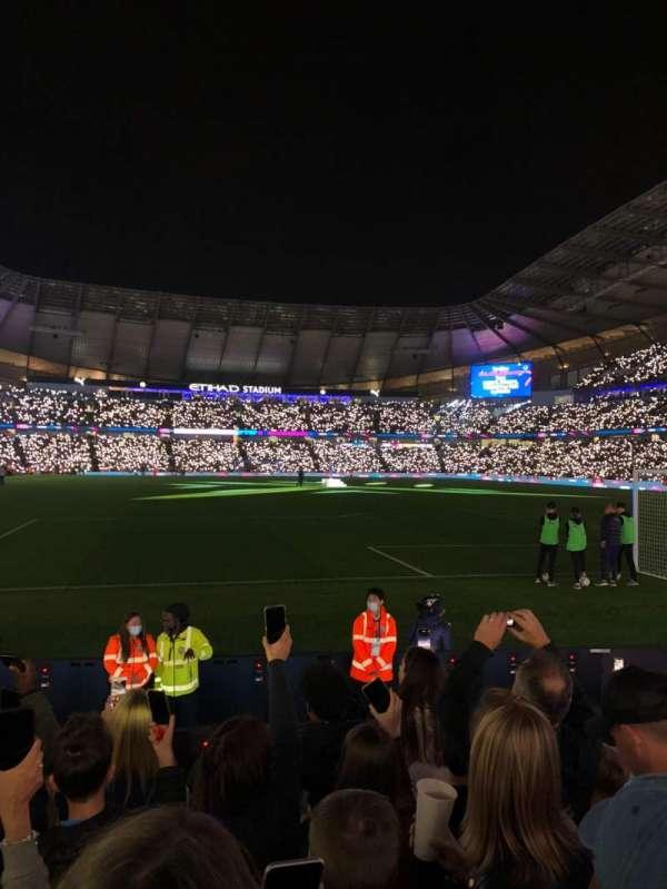 Etihad Stadium (Manchester), secção: 117, fila: G, lugar: 451