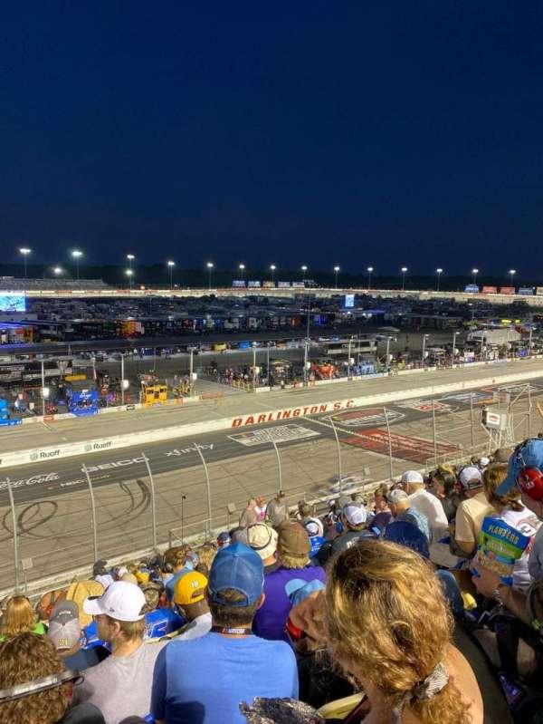 Darlington Raceway, secção: Tyler Tower P, fila: 14, lugar: 15