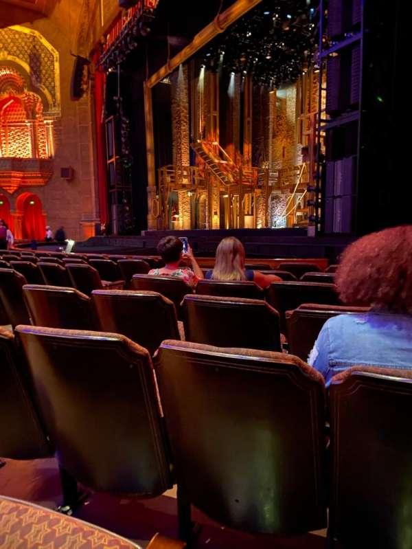 Fox Theatre (Atlanta), secção: Orchestra R, fila: H, lugar: 12