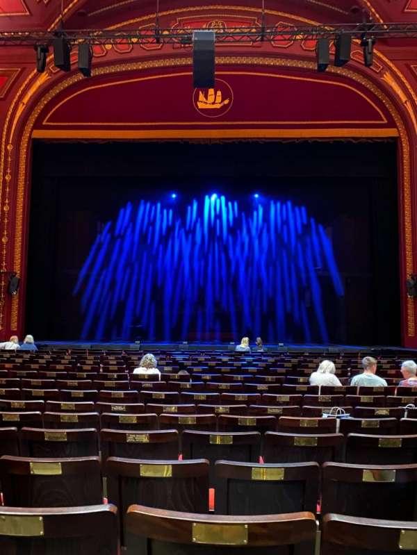 mayflower theatre, secção: Stalls, fila: N, lugar: 19