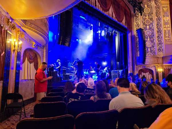 Warner Theatre (Washington, D.C.), secção: Orchestra Left, fila: H, lugar: 17