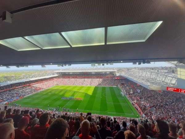 Anfield, secção: U7, fila: 69, lugar: 198
