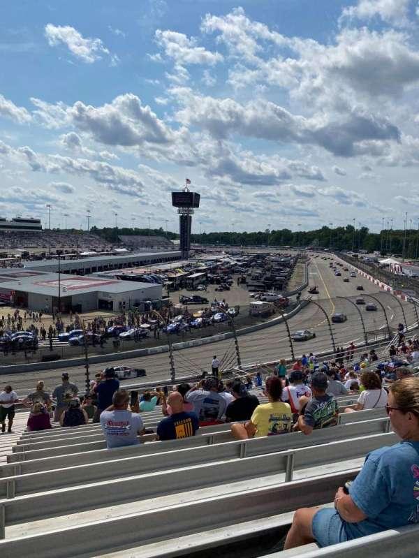 Richmond raceway, secção: Dogwood L, fila: 24, lugar: 1