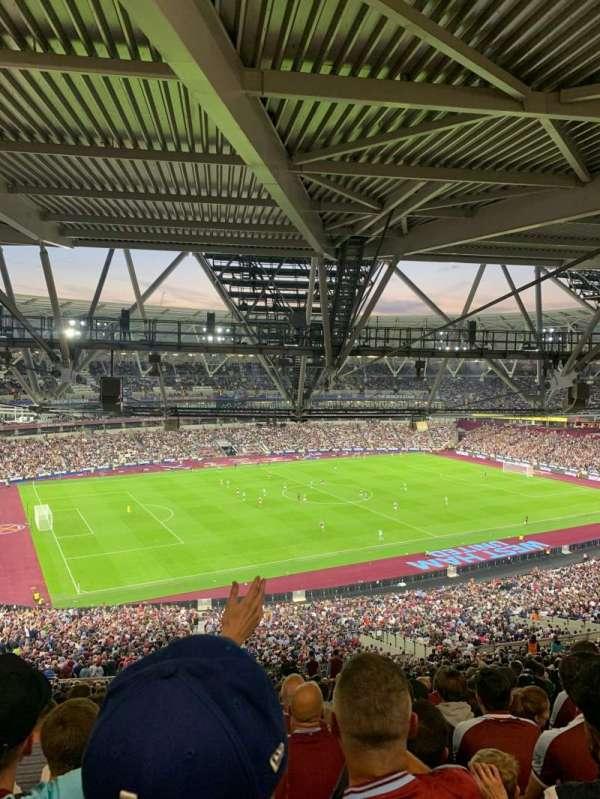 London Stadium, secção: 231, fila: 71, lugar: 559