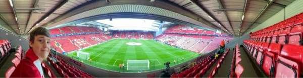 Anfield, secção: 225, fila: 7, lugar: 114