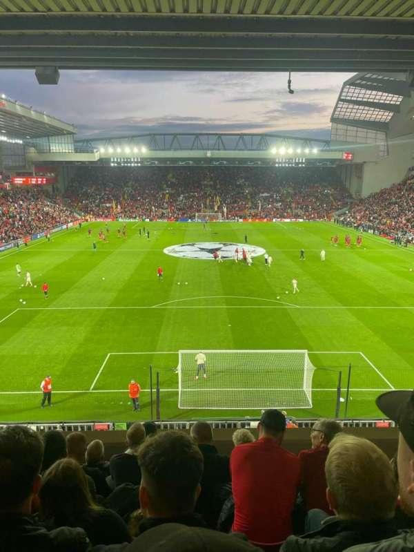 Anfield, secção: 225, fila: 7, lugar: 115