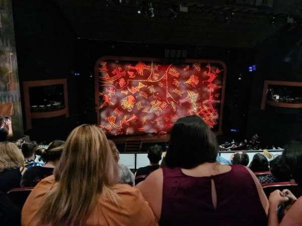Minskoff Theatre, secção: Mezzanine, fila: D, lugar: 106