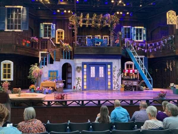 Engelstad Shakespeare Theatre, secção: Center, fila: E, lugar: 12