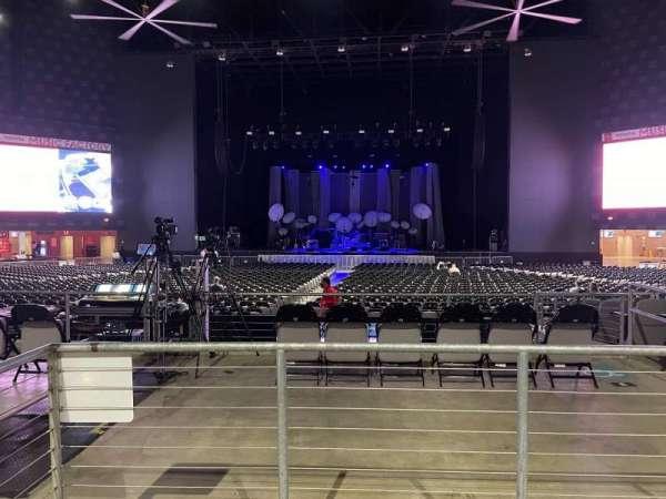 The Pavilion at Toyota Music Factory, secção: 301, fila: B, lugar: 33