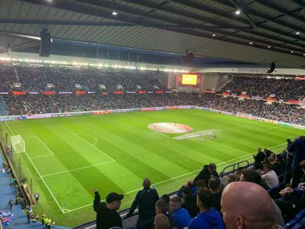 Ibrox Stadium, secção: CD7, fila: J, lugar: 300