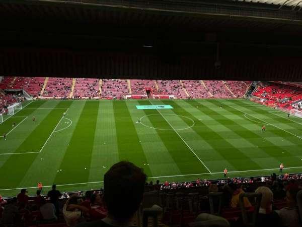 Anfield, secção: CE7, fila: 21, lugar: 171