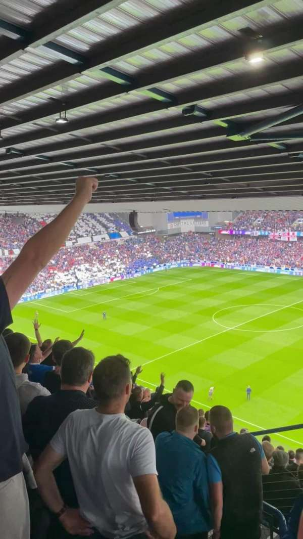 Ibrox Stadium, secção: CD1, fila: S, lugar: 50
