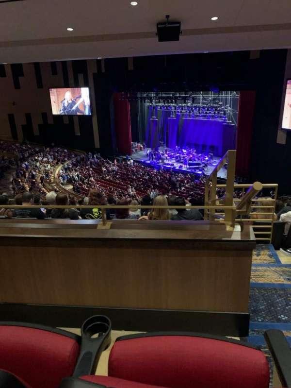 Hard Rock Live At Seminole Hard Rock, secção: 202, fila: L, lugar: 13