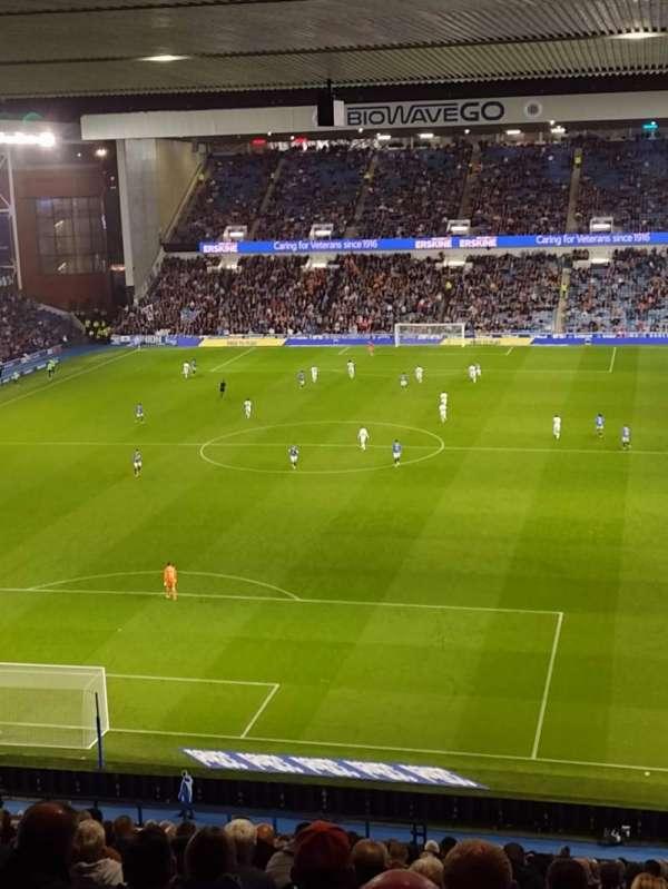 Ibrox Stadium, secção: CR1, fila: EE, lugar: 31