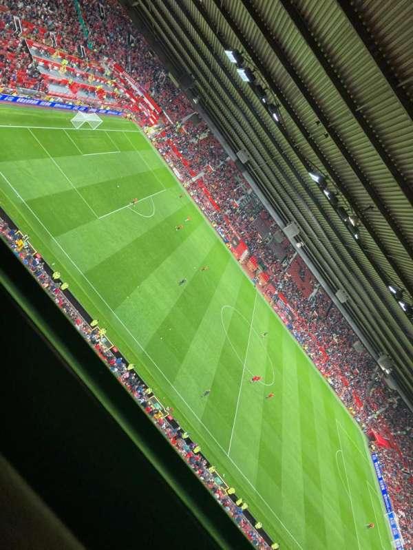 Old Trafford, secção: n4402, fila: 1, lugar: 188