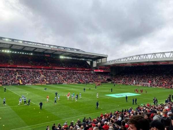 Anfield, secção: L2, fila: 33, lugar: 49