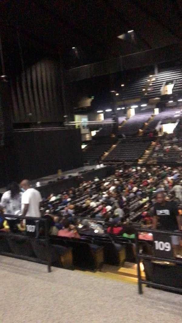 Royal Farms Arena, secção: 209, fila: B, lugar: 5