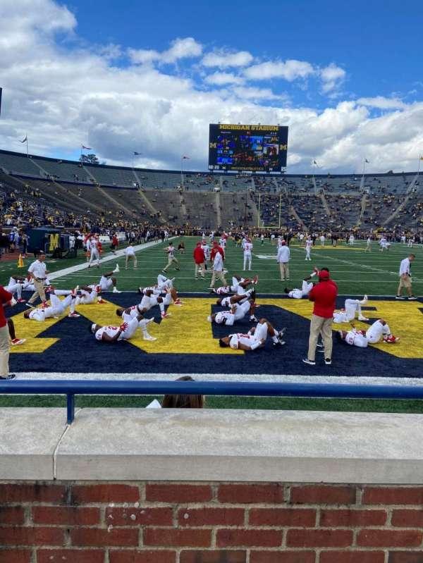 Michigan Stadium, secção: 12, fila: 1, lugar: 3