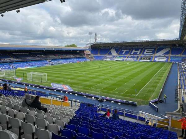 St Andrew's Stadium, secção: GML1, fila: 32, lugar: 18