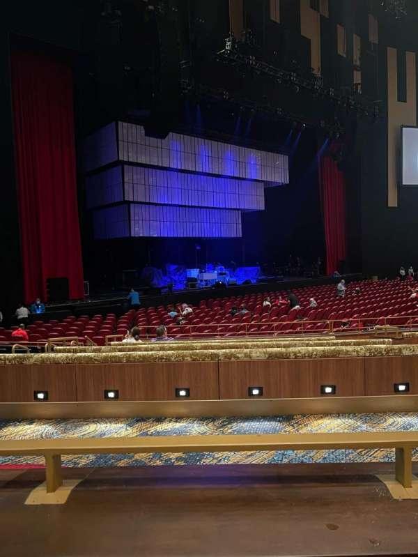 Hard Rock Live At Seminole Hard Rock, secção: 117, fila: A, lugar: 11