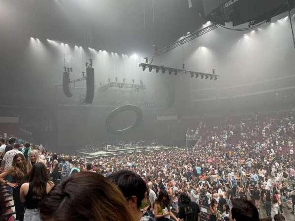 Gila River Arena, secção: 121, fila: N, lugar: 18