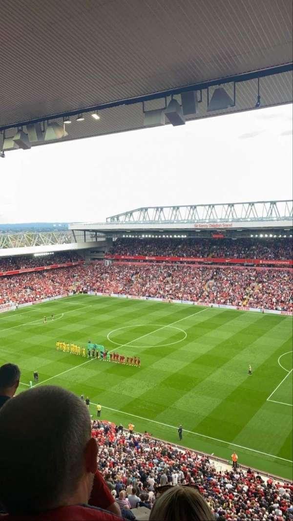 Anfield, secção: U9, fila: 62, lugar: 239