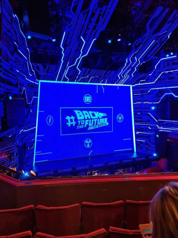 Adelphi Theatre, secção: Dress Circle, fila: D, lugar: 29