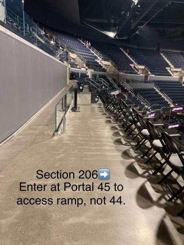 Chase Center, secção: 206, fila: WCA, lugar: 19
