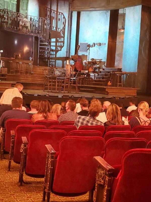 Walter Kerr Theatre, secção: Orchestra L, fila: Q, lugar: 1