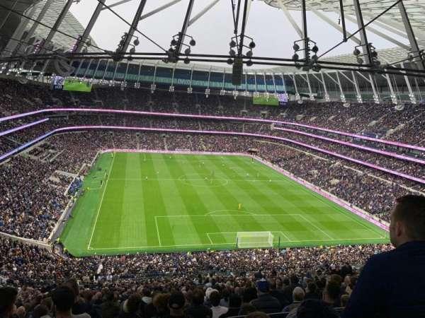 Tottenham Hotspur Stadium, secção: 324, fila: 73, lugar: 277