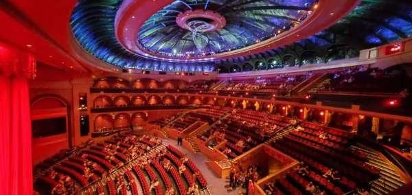O Theatre, secção: 300, fila: L, lugar: 303