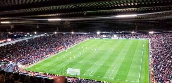 Old Trafford, secção: E336, fila: 38, lugar: 11