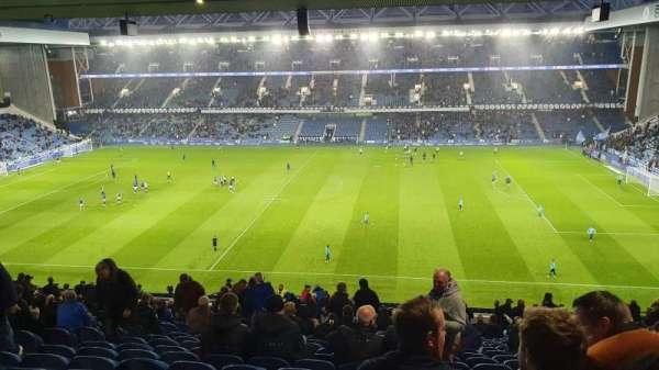 Ibrox Stadium, secção: GR3, fila: AA, lugar: 75