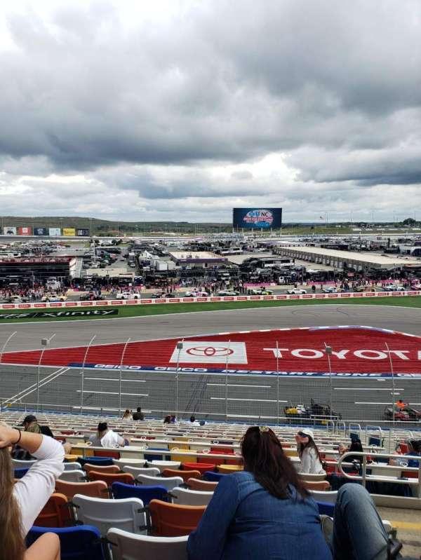 Charlotte Motor Speedway, secção: CHRY D, fila: 33, lugar: 9