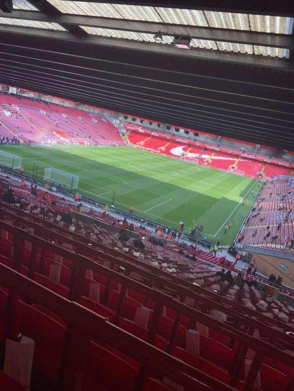 Anfield, secção: 208, fila: 66, lugar: 25