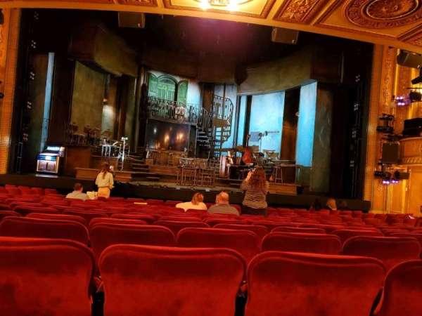 Walter Kerr Theatre, secção: Orchestra C, fila: Q, lugar: 106