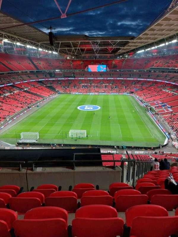 Wembley Stadium, secção: 513, fila: 16, lugar: 367