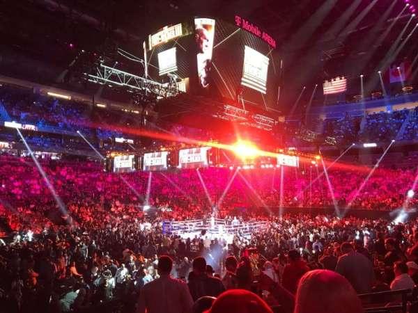 T-Mobile Arena, secção: 3, fila: J, lugar: 10