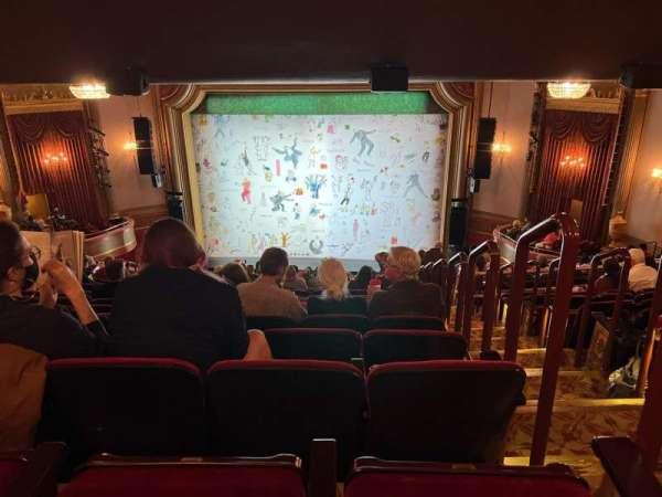 St. James Theatre, secção: Mezzanine C, fila: R, lugar: 101