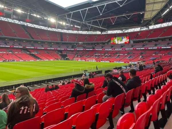 Wembley Stadium, secção: 104, fila: 25, lugar: 42/41