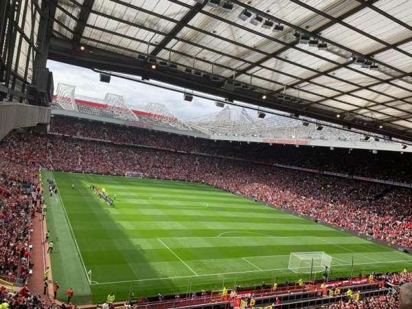 Old Trafford, secção: E331, fila: 3