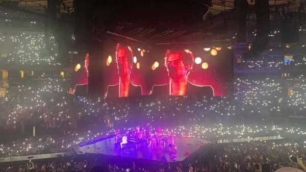 Madison Square Garden, secção: 116, fila: 20, lugar: 5