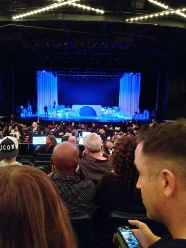 Hulu Theater at Madison Square Garden, secção: 200, fila: H, lugar: 12